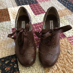 American Eagle brown ankle boots